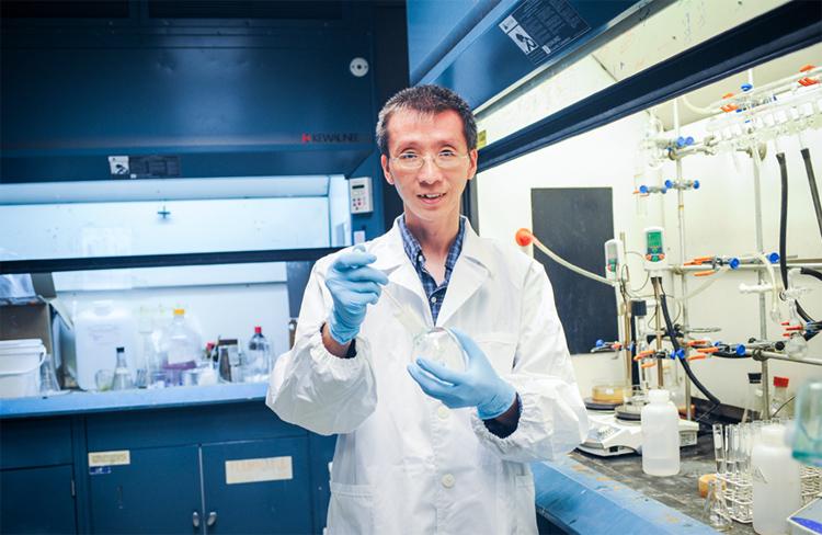 лаборант-химик, технолог